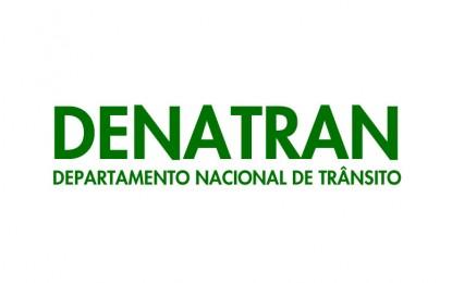 Romário pede que Denatran explique falta de acessibilidade em exames de direção