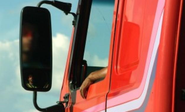 Detran.SP disponibiliza reciclagem preventiva para motorista profissional