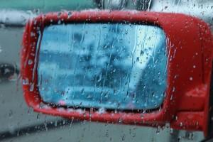 alagamentos-e-enchentes-saiba-o-que-fazer-nessas-situacoes-de-perigo-no-transito
