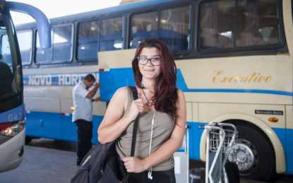 Agora é Lei: jovens podem viajar de graça em ônibus e trens interestaduais