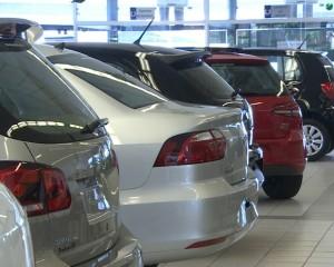Venda de veículos cai 8,74% em novembro, diz Fenabrave