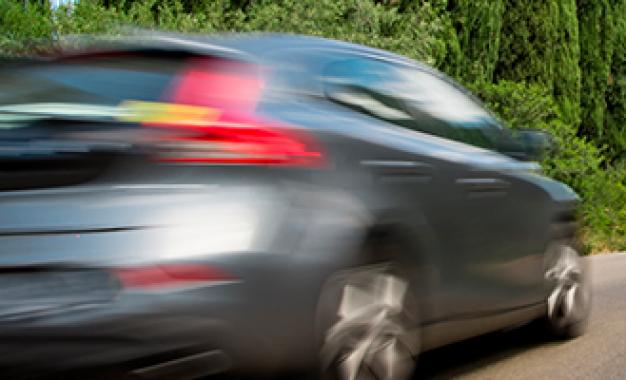 No trânsito, não tenha pressa; prefira a cautela