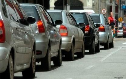 Câmara dos Deputados analisa PEC que propõe cobrar IPVA por peso