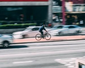Vamos melhorar a rotina no trânsito?