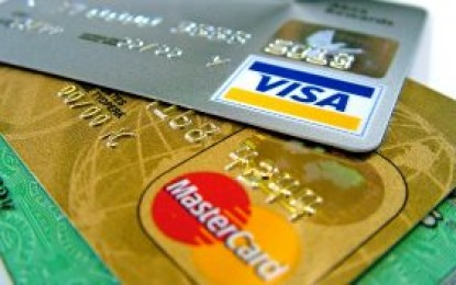 Motoristas estrangeiros poderão pagar multas com cartão de crédito