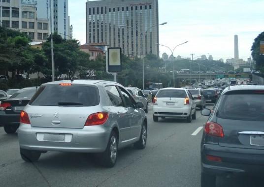 lei-pode-proibir-mudanca-de-modelo-em-carros-antes-de-um-ano