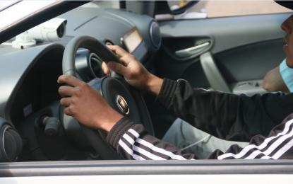 Postura correta na direção é sinônimo de segurança no trânsito