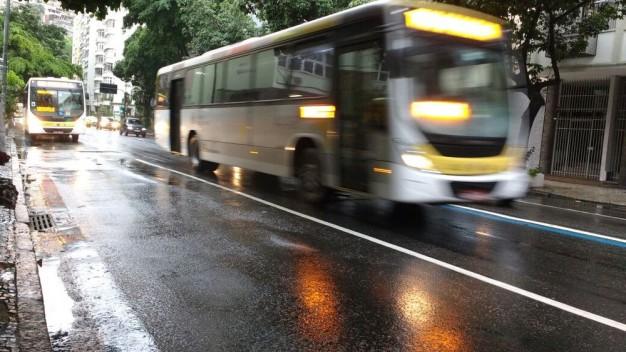 motoristas-de-caminhao-onibus-e-carretas-podem-fazer-reciclagem-para-evitar-suspensao-da-cnh