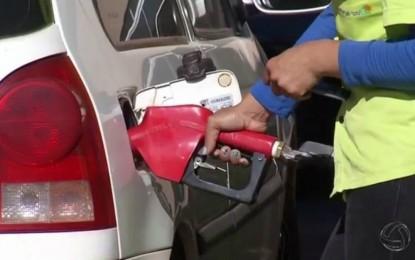 Preço da gasolina volta a subir e atinge R$ 3,882 por litro
