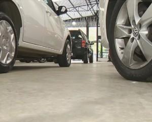 Vendas de carros zero para o consumidor ainda não subiram