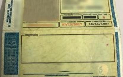 Deputados analisam PL que permite que condutor que teve CNH roubada porte registro de ocorrência