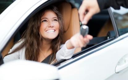 Veja as vantagens de comprar carro seminovo, zero e usado