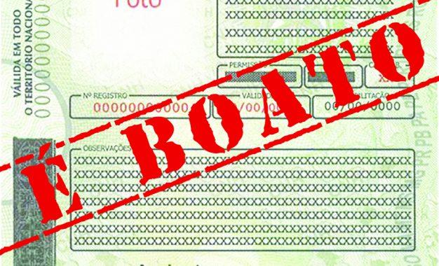 Notícia sobre STJ autorizar cancelamento definitivo da CNH de quem estiver com IPVA atrasado é falsa