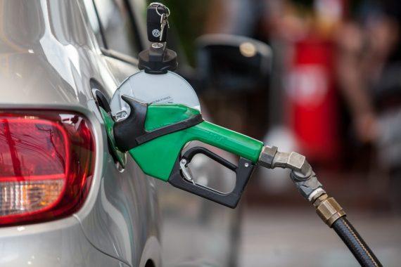 2aaa47489e IN Trânsito Preço médio da gasolina nas bombas sobe quase 10% no 1º ...