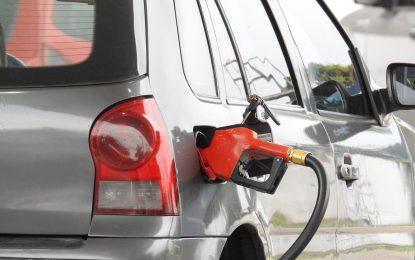 Com preços mais altos, venda de combustíveis cai 6% no primeiro semestre, diz IBGE