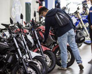 Venda de motos sobe 8,4% em julho no Brasil, diz Fenabrave