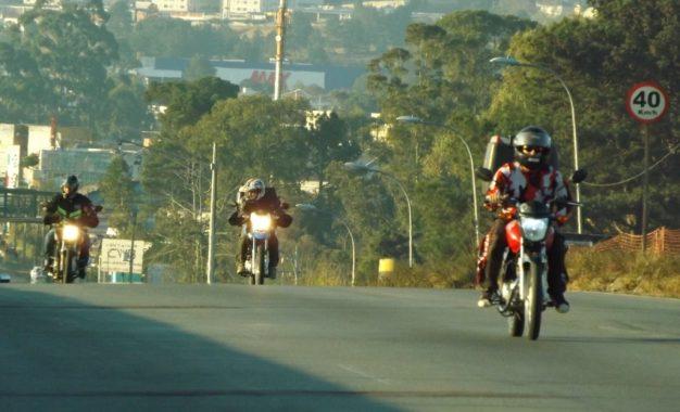 As motos são as principais causadoras de mortes no trânsito. Veja dicas para evitar acidentes!