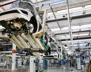 Crescimento de vendas e produção de veículos deve desacelerar em 2019, prevê Anfavea