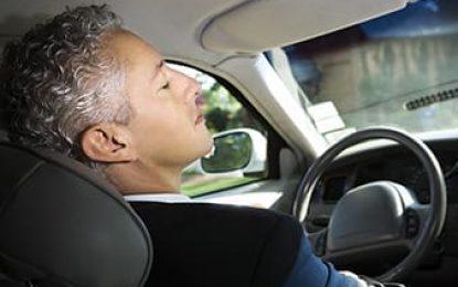 Dormir ao volante está entre as principais causas de mortes no trânsito