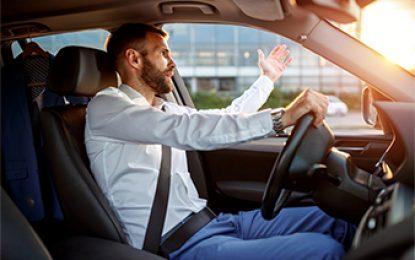 Estresse no trânsito pode causar problemas capilares