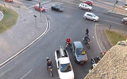 Nos últimos dez anos, cerca de 200 mil pessoas morreram em acidentes envolvendo motos