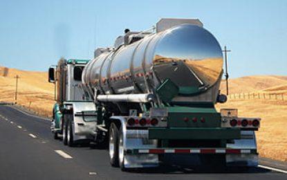 Pesquisa traça perfil de motoristas que transportam produtos perigosos