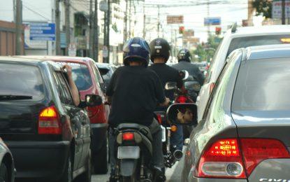 PL do presidente Bolsonaro que altera leis de trânsito não é votado novamente