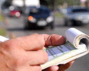 O que fazer após a pandemia com as multas de trânsito acumuladas?