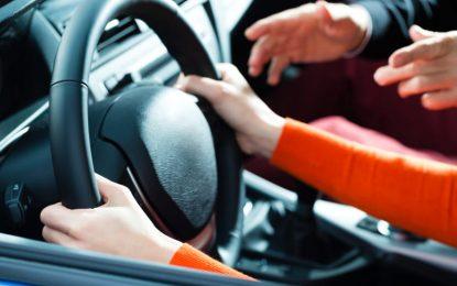 PL prevê reciclagem obrigatória para profissionais que atuam na formação de condutores