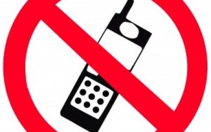 Uso de celular na direção favorece o risco de acidentes