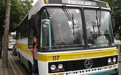 Sancionada lei que endurece punição para transporte irregular de escolares
